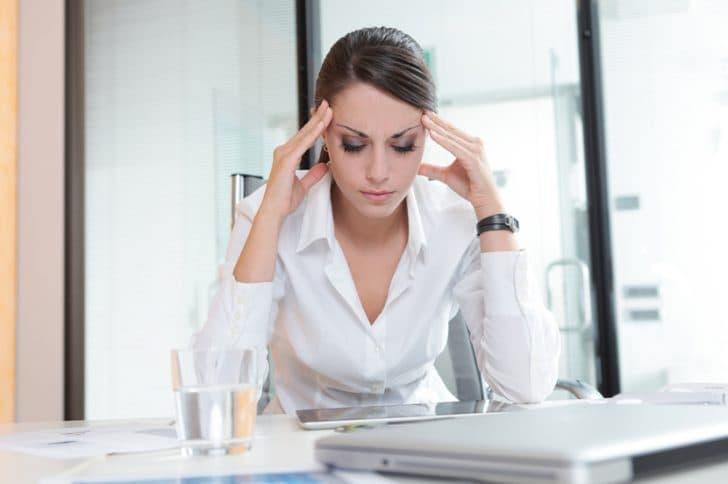 Акне возникает вследствии стресса